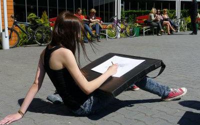 Envie de dessiner en plein air ? Découvrez le Stage Croquis Déclic