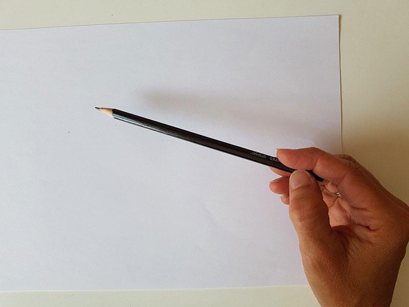 Tenir son crayon par le bout